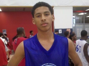 Sierra Linda High School's athletic 6-foot-5 senior forward Damian Mendoza has accepted an offer from Northern Arizona University for his college future.  Mendoza is rated among the top overall prospects in Arizona's 2013 class.